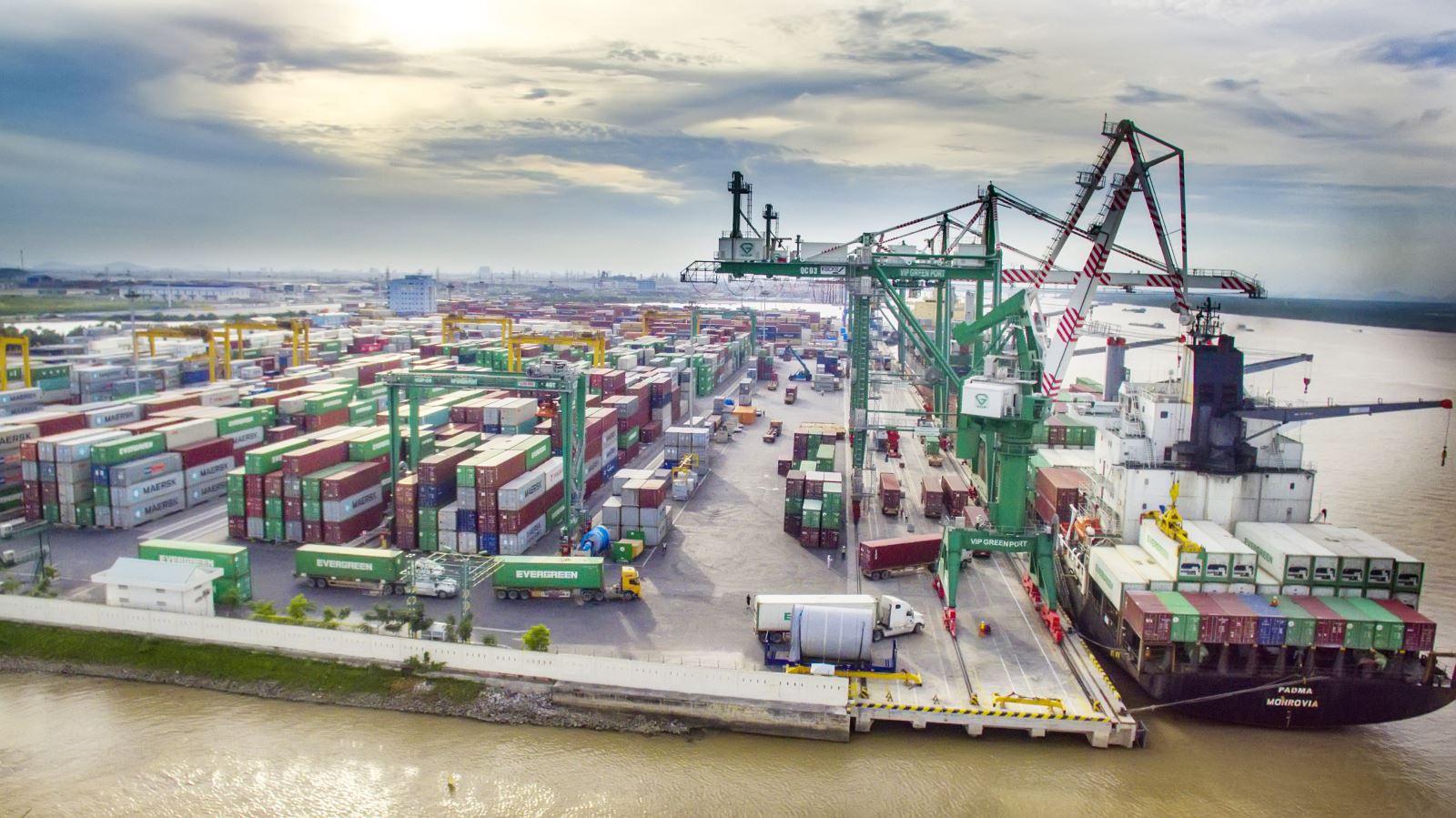 Thời điểm nộp chứng từ chứng nhận xuất xứ hàng hóa nhập khẩu
