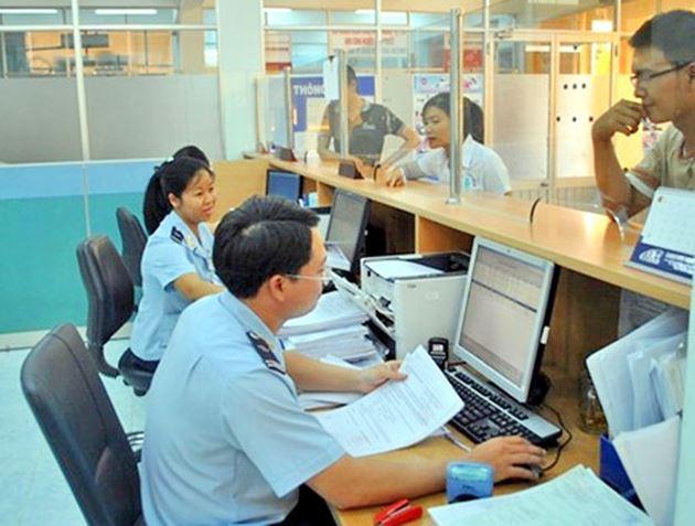Thực hiện tạm dừng hay chấm dứt hoạt động tại địa điểm kiểm tra, giám sát hải quan đối với bưu gửi